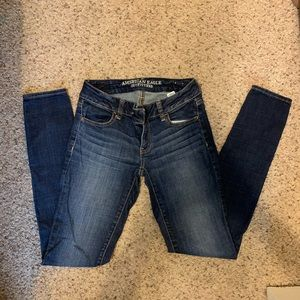 American eagle size 2 long jeans!